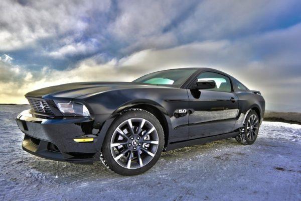 Základní automobilové díly a jejich specifické funkce a účely